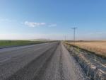 die ganze Strecke sah etwa so aus, links und rechts, Acker, Weizenfeld, Acker, usw.