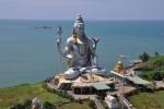 die zweit groesste Shiva Statue der Welt...so 35 Meter glaube ich